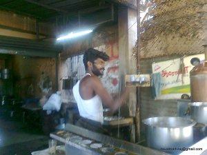 Tea-Maker@Mannaparai, India